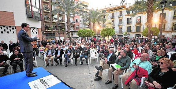 José Ballesta presenta el nuevo modelo de intervención en barrios 'Murcia ADN-Urbano' que se va a aplicar, por primera vez, en Santa Eulalia.